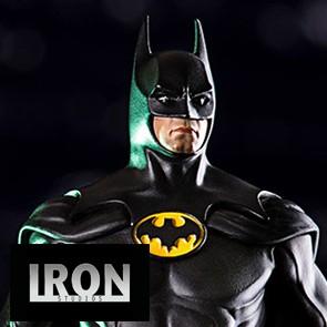 1/10th Batman - Batman: Arkham Knight 89 - Iron Studios