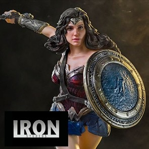 1/10th Wonder Woman - Justice League - Iron Studios