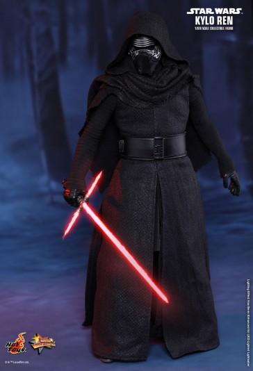Kylo Ren - Star Wars: The Force Awakens - Hot Toys