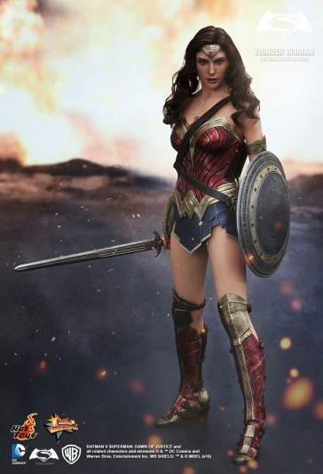 Wonder Woman - Batman vs Superman - Hot Toys