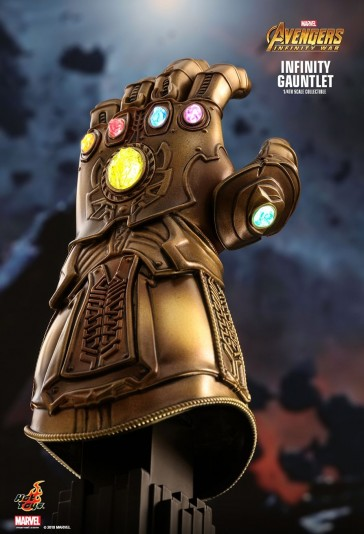 Hot Toys - 1/4th Infinity Gauntlet - Avengers - Infinity War