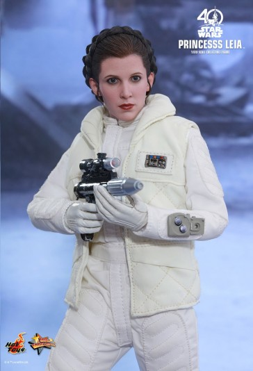 Princess Leia in Star Wars: Episode V - Hot Toys
