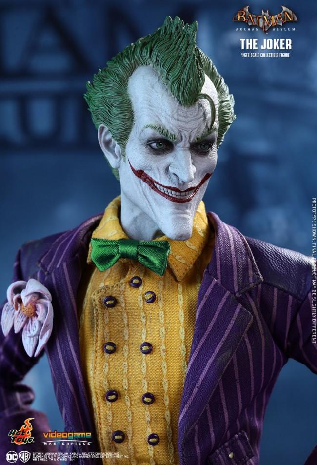 Hot Toys The Joker Batman Arkham Knight