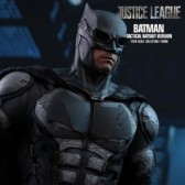 Batman Tactical Batsuit Version - Justice League