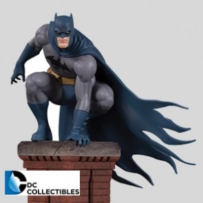Bat-Family Statue Batman - Part 1 of 5 - DC Direct
