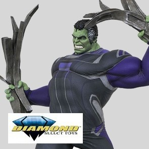 Diamond Select - Hulk Tracksuit - Avengres: Endgame - Marvel Gallery Statue