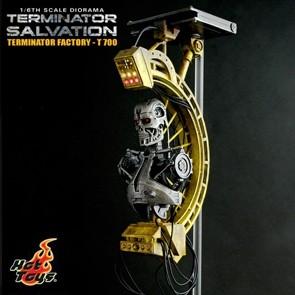 Hot Toys - Terminator - Salvation - T700 Diorama