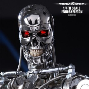 Hot Toys - Endoskeleton - The Terminator