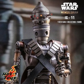 Hot Toys - IG-11 - Star Wars: The Mandalorian