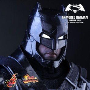 Armored Batman Black Chrome Version - Batman vs Superman- HotToys