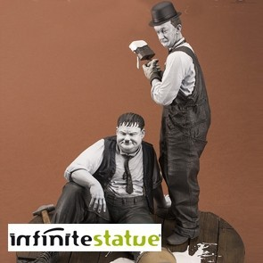 Stan Laurel & Oliver Hardy - Old & Rare Statue - Infinite