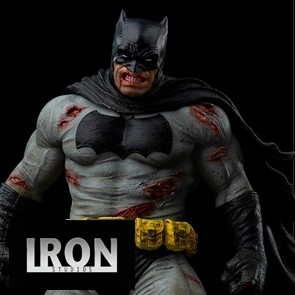 Iron Studios - Batman: The Datk Knight Returs - Batman Diorama 1:6 - DC Comics